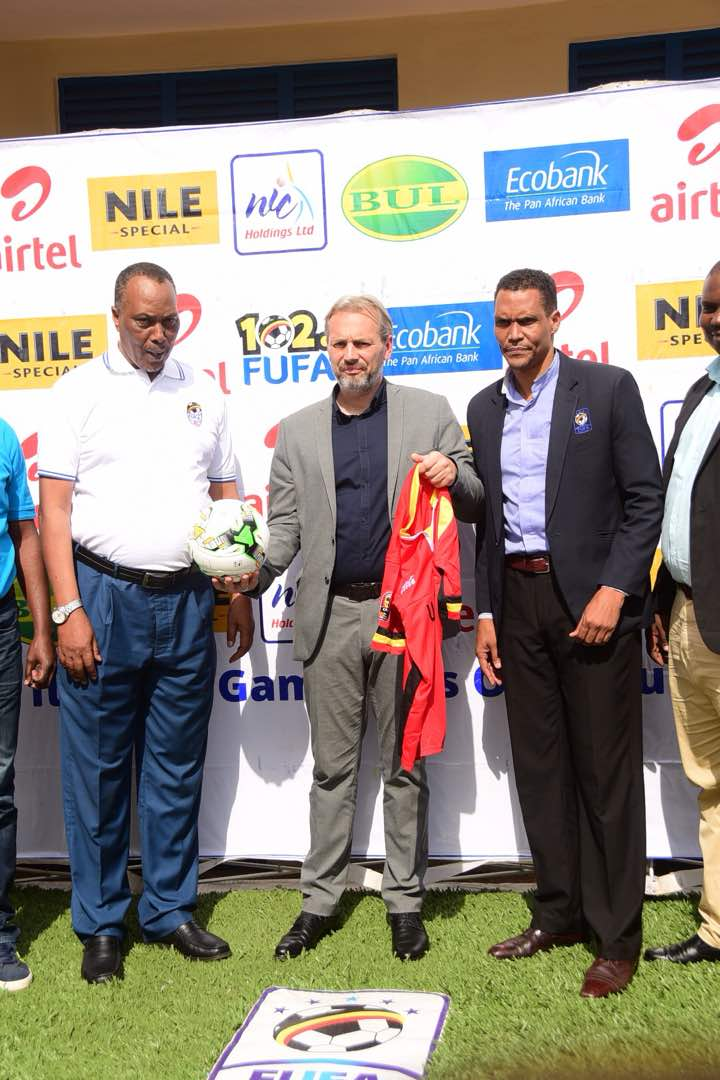 Sebastien Desabre (C) was unveiled as new Uganda Cranes head coach yesterday